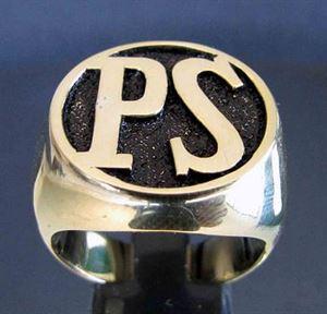 Bild von Bronze Ring - Initialen - Monogramm nach Kundenwunsch, Runde Form