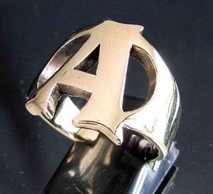Bild von Bronze Ring mit Grossbuchstabe A, Initialen
